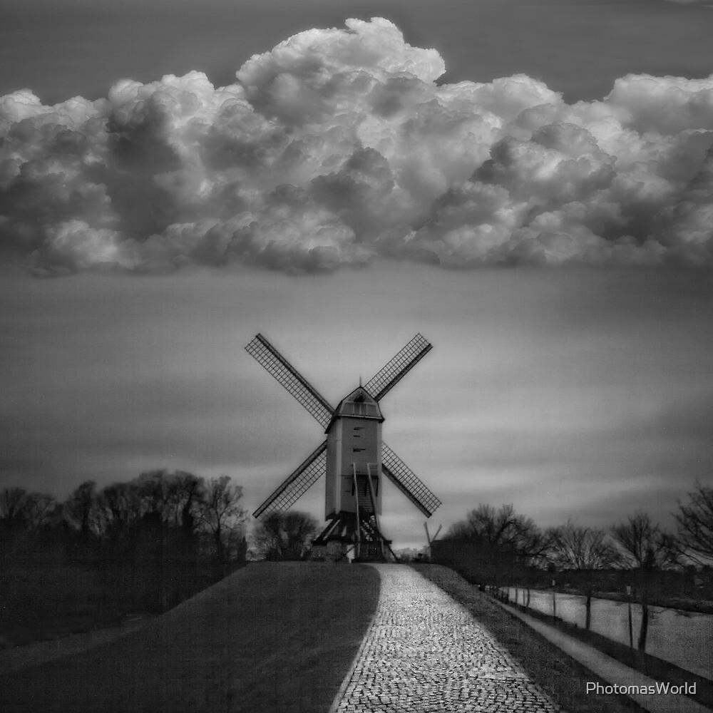 A windmill statement by PhotomasWorld