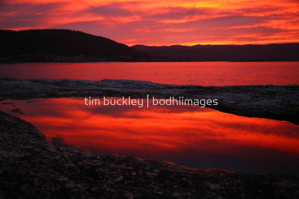 red pool. eastcoast, tasmania by tim buckley   bodhiimages