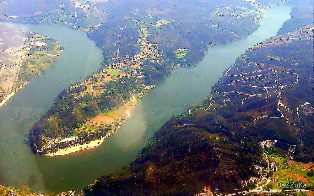Douro river   -   Portugal by BaZZuKa