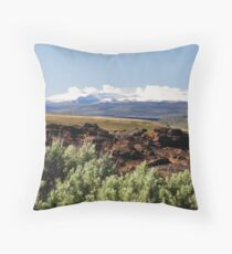 The majestic Steens mountains Throw Pillow