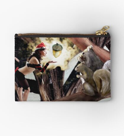 Marry Christmas - Squirrel girl Studio Pouch