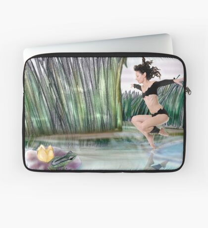 The elf and the Frog Laptop Sleeve