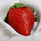 Splashy Berry by BaroqueLover