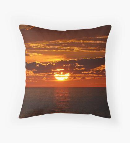 Carrickalinga sunset Throw Pillow