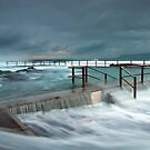 Sydney's Northern Beaches - A Photograhers View by Mark  Lucey