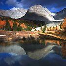 Mountainous world by zumi