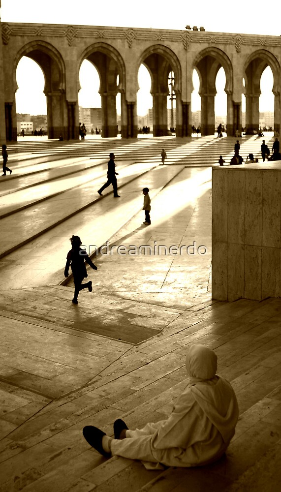 Early morning in Casablanca by andreaminerdo