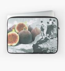 Fig dreams  Laptop Sleeve
