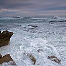 Stormy Seas by dazzleng