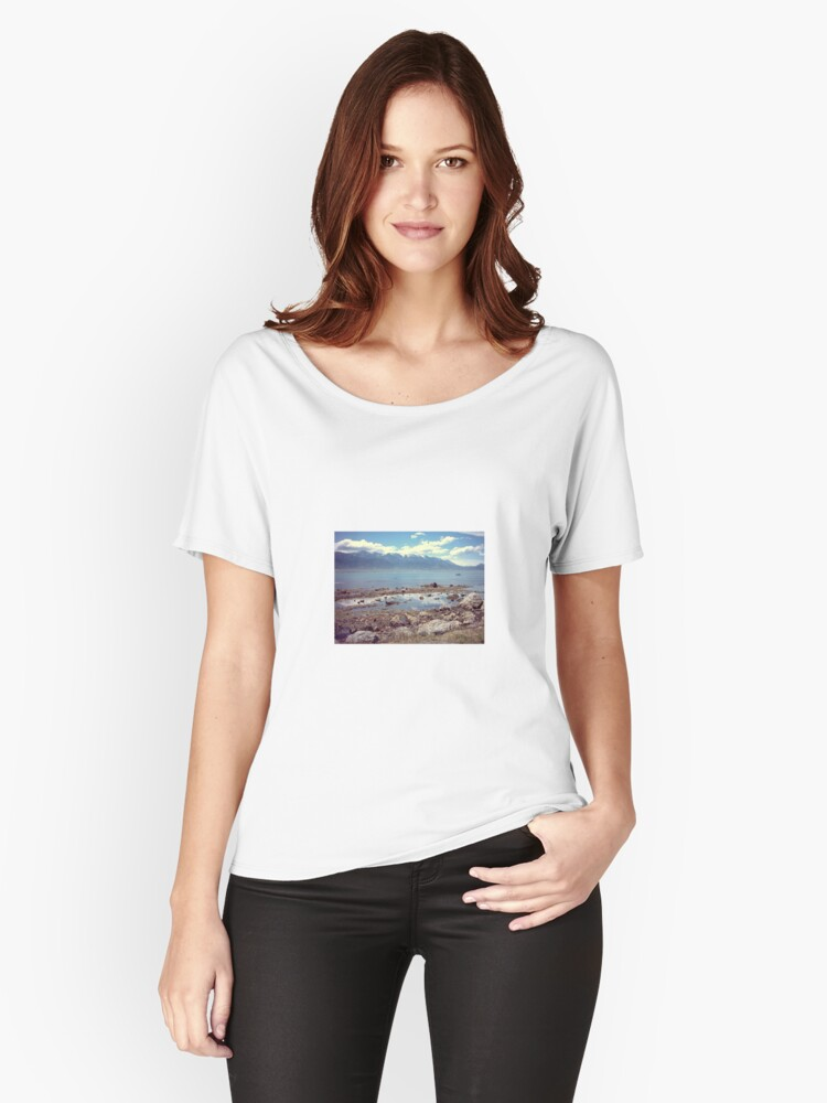 Across the water Women's Relaxed Fit T-Shirt Front