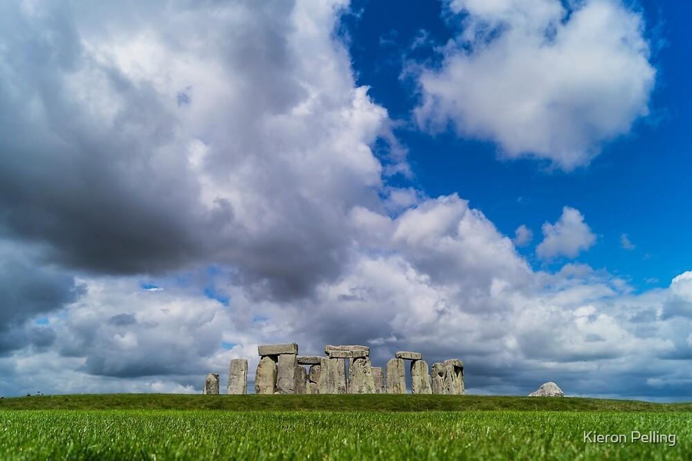 Stonehenge by Kieron Pelling