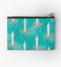 Deep under the Sea Cephalopods Octopus  Studio Pouch