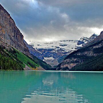 Lake Louise by dancinfreakshow