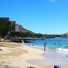 waikiki beach by litzlimgo