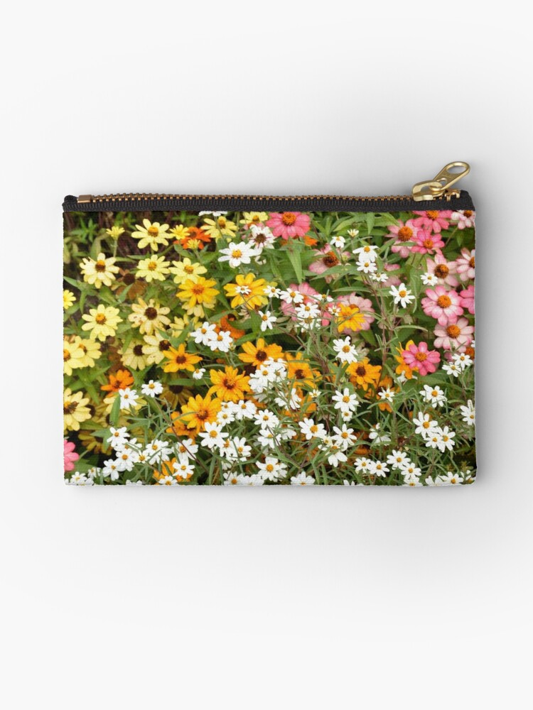 Darling Daisies by Liz Montgomery Moser