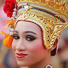 Traditional Thai woman by newcastlepablo