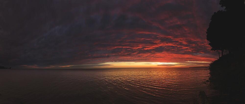 Lake Ontario predawn by mindrelic
