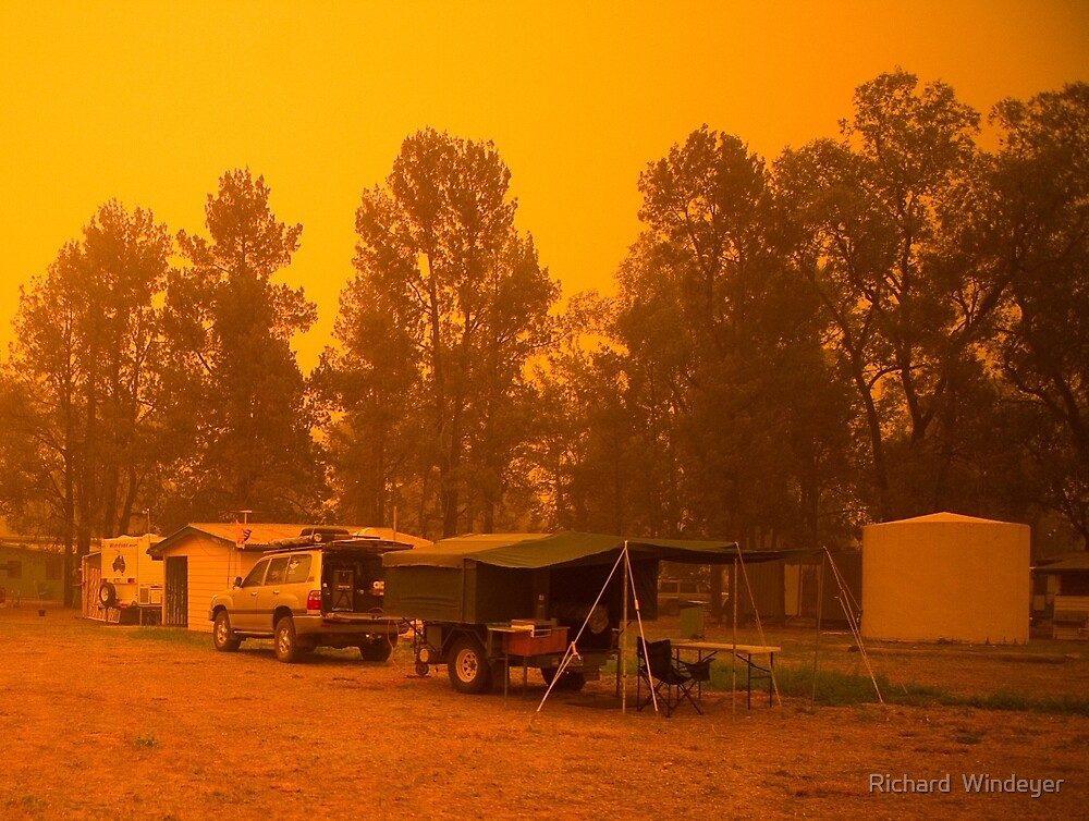 Dust Storm at St George, Qld by Richard  Windeyer