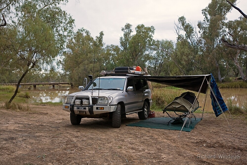 Campsite at Nindigully Hotel, Qld by Richard  Windeyer