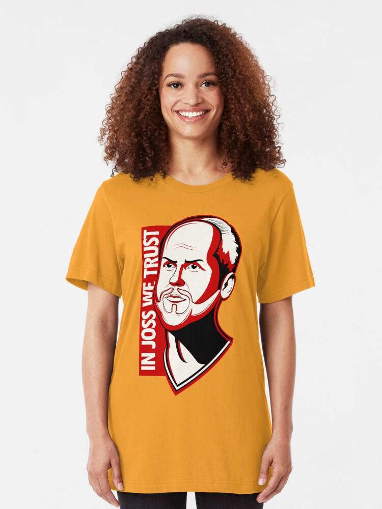 Vista alternativa de Camiseta ajustada En Joss We Trust