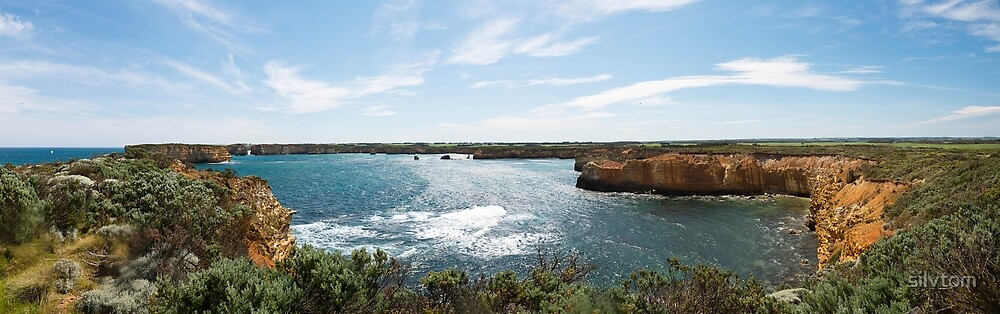 Bay Of Islands, Great Ocean Road by Silvia Tomarchio