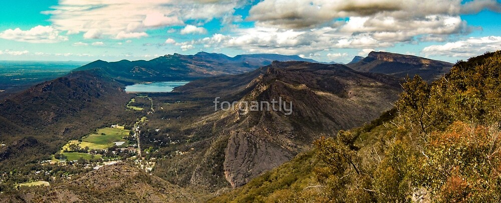 Halls Gap from Boroka Lookout by forgantly