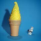 Stormtrooper IceCream by weglet
