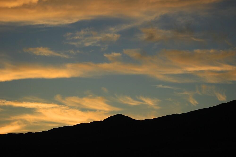 Clouds in a Setting Sun by rhamm