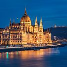 Hungarian Parliament by Michael Breitung