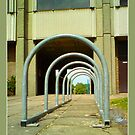 Cycle stands by dOlier