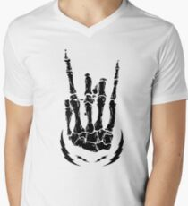 Bone hand skeleton rock sign T-Shirt