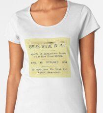 Oscar Wilde In Jail Headline Premium Scoop T-Shirt