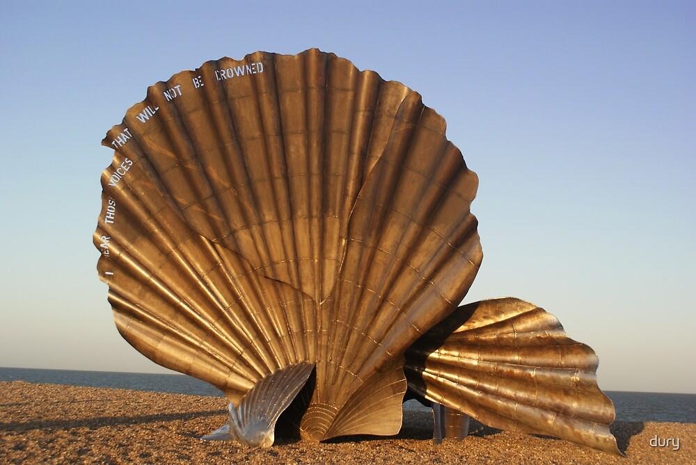 scallop in Aldeburgh Suffolk by dury