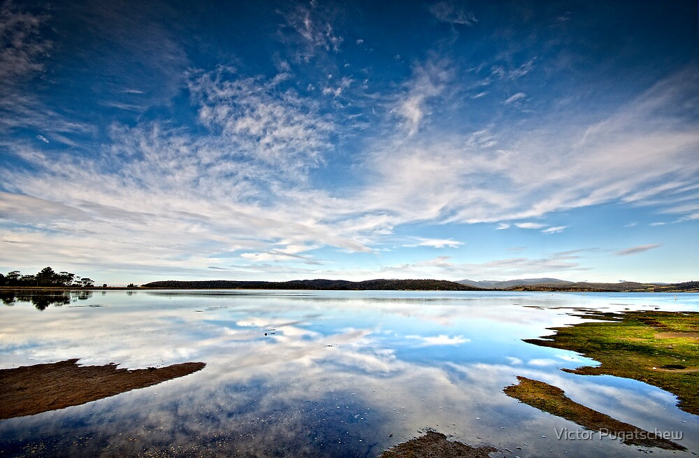 Boomer Bay by Victor Pugatschew