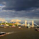 River Thames and Tower Brdige by photogenic