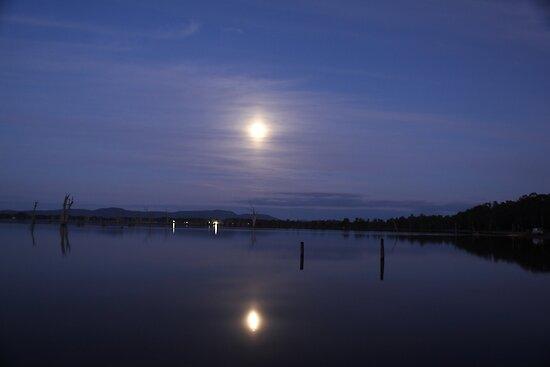 moon light on fyans von fazza