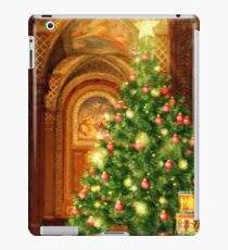 Christmas Tree and Presents iPad Case/Skin