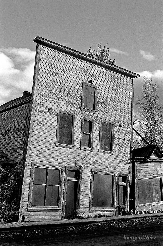 Gold Rush Saloon (Yukon) by Juergen Weiss