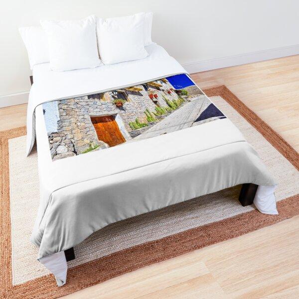 Peruvian Hamlet Comforter