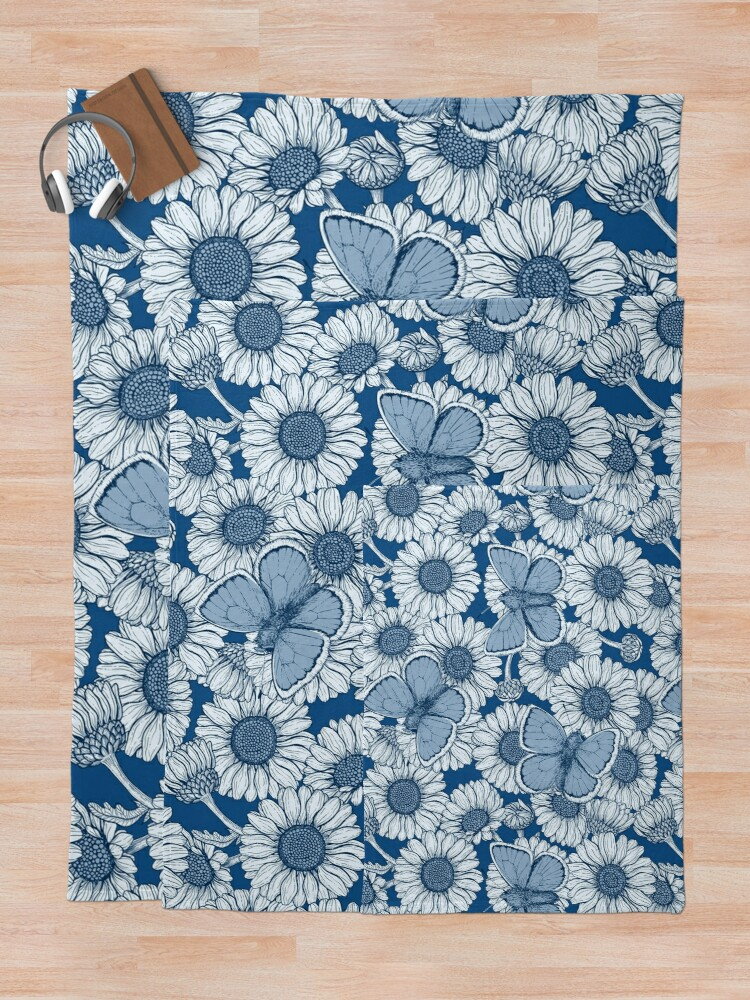Alternate view of Classic blue spring Throw Blanket
