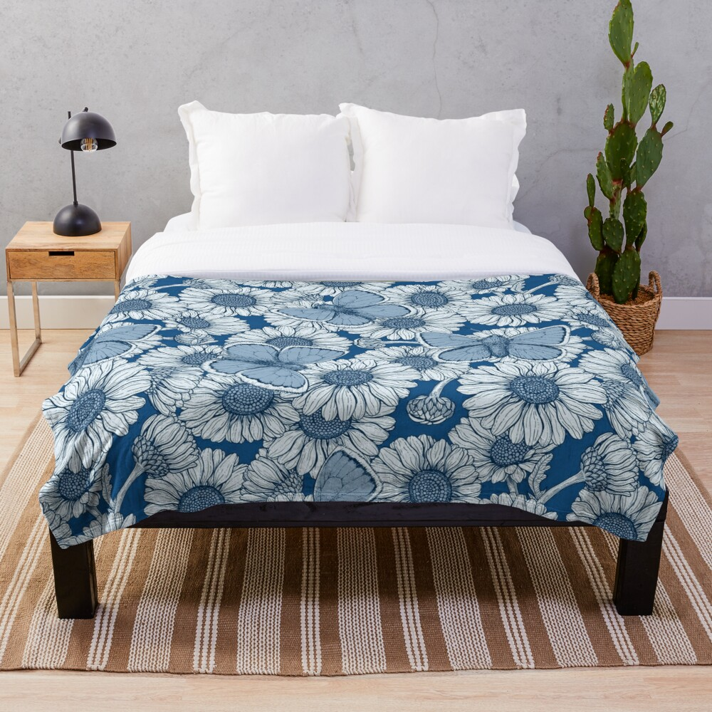 Classic blue spring Throw Blanket
