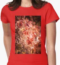 Parthenocissus quinquefolia vine red leaves  Women's Fitted T-Shirt
