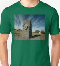 Key Hole Sculpture @ Sculpture Park, Barossa Valley Unisex T-Shirt