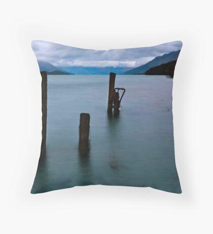 Break of Day over Lake Wakatipu Throw Pillow