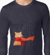 Tabby loves Snow Long Sleeve T-Shirt
