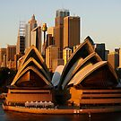Sydney Opera House by Aussiebluey