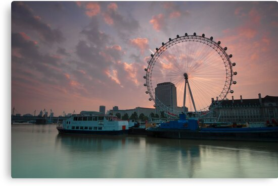 London Eye Sunrise by DonDavisUK