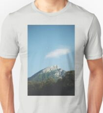 Mountains in the background VIII T-Shirt