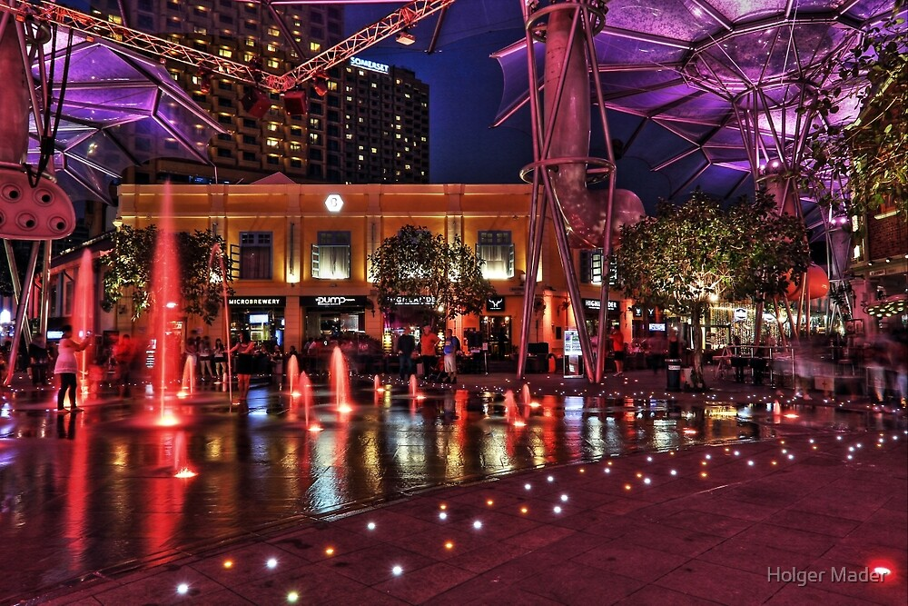 In the Middle of Clarke Quay - Singapore by Holger Mader