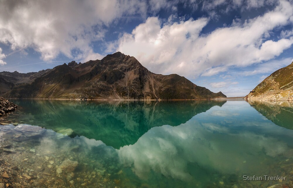 Turquoise Reflection by Stefan Trenker